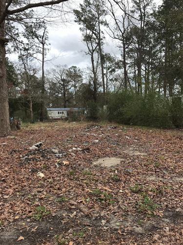 Photo of 406 Hickory Road, Jacksonville, NC 28540 (MLS # 100204301)