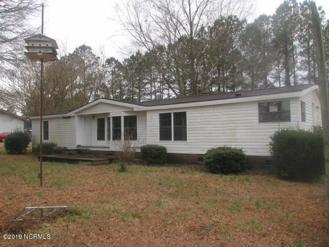 Photo for 155 N West Craven Middle School Road, New Bern, NC 28562 (MLS # 100129301)