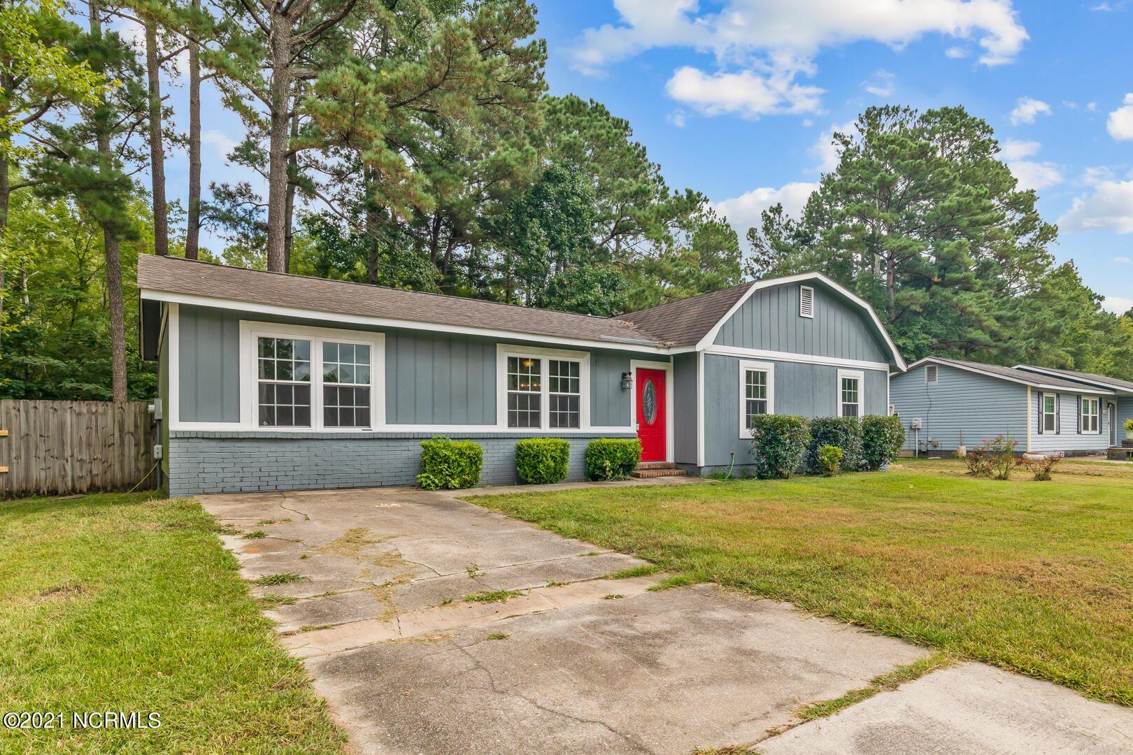 Photo of 516 Walnut Drive, Jacksonville, NC 28540 (MLS # 100291301)