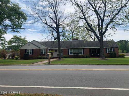 Photo of 207 W Franck Street, Richlands, NC 28574 (MLS # 100263302)