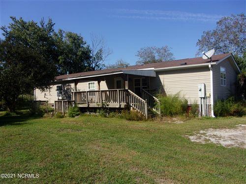 Photo of 358 Petersburg Road, Richlands, NC 28574 (MLS # 100296304)
