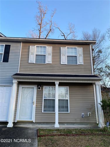 Photo of 335 Bracken Place, Jacksonville, NC 28540 (MLS # 100252307)