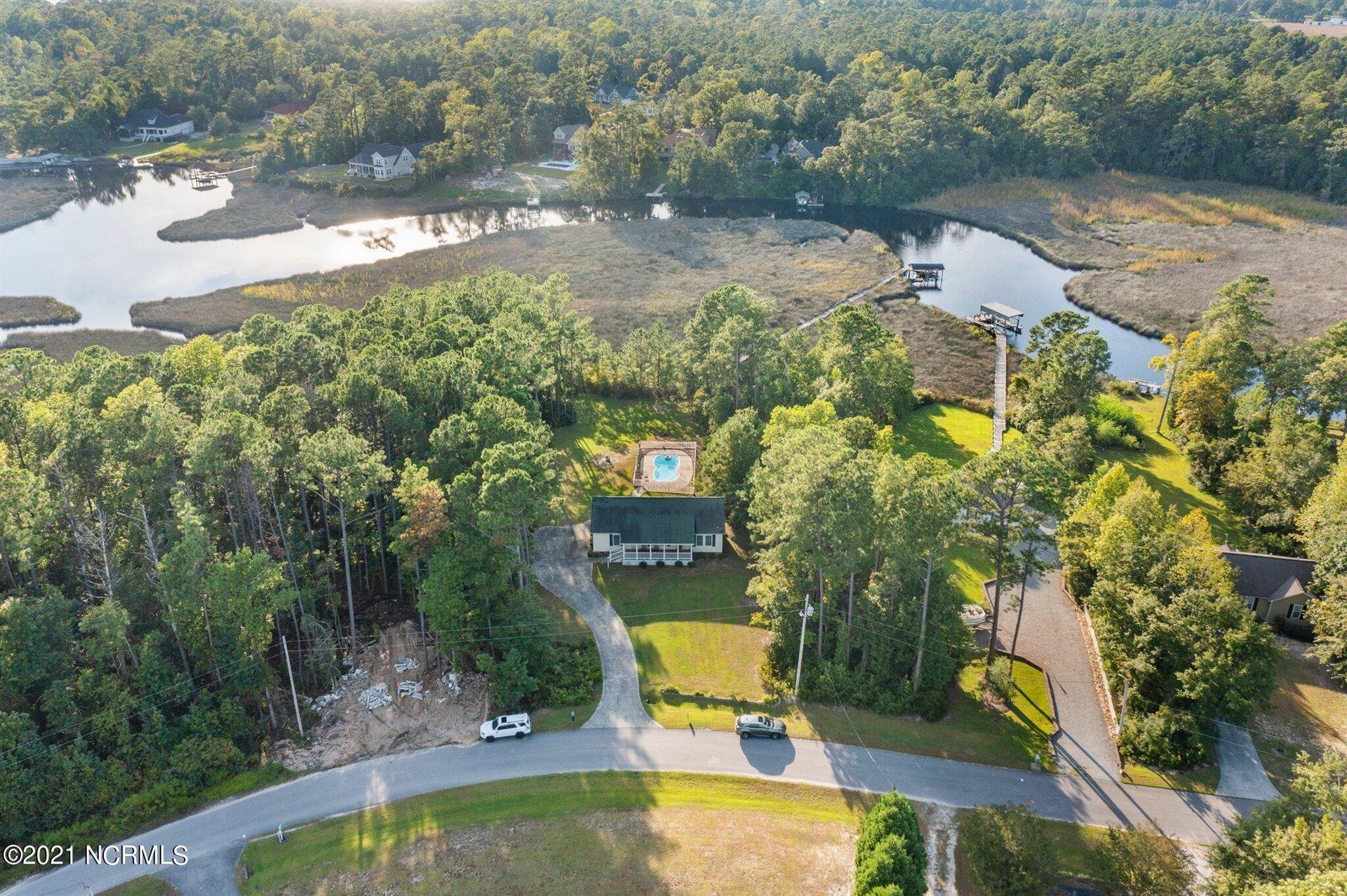 Photo of 428 Woodland Drive, Swansboro, NC 28584 (MLS # 100287307)