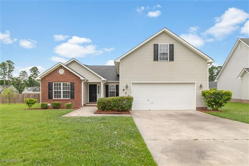 Photo of 914 Savannah Drive, Jacksonville, NC 28546 (MLS # 100225309)