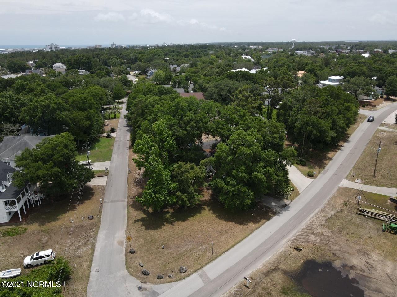 Photo for 401 Spencer Farlow Drive, Carolina Beach, NC 28428 (MLS # 100276310)