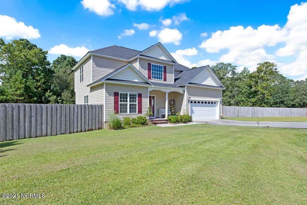 Photo of 206 Cobble Creek Lane, Jacksonville, NC 28546 (MLS # 100290310)
