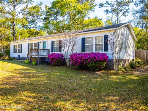 Photo of 529 Groves Point Drive, Hampstead, NC 28443 (MLS # 100266311)