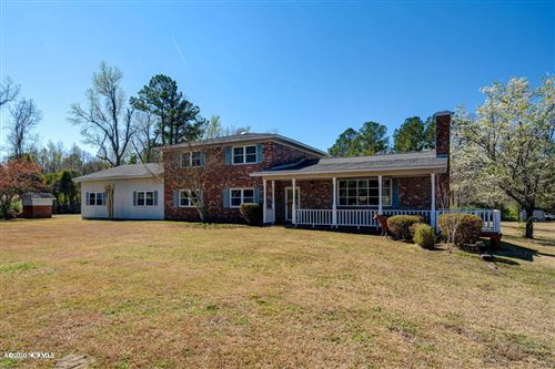 Photo of 2953 Castle Hayne Road, Castle Hayne, NC 28429 (MLS # 100208314)