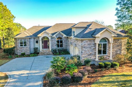 Photo of 148 Legacy Lakes Drive, Wallace, NC 28466 (MLS # 100248314)