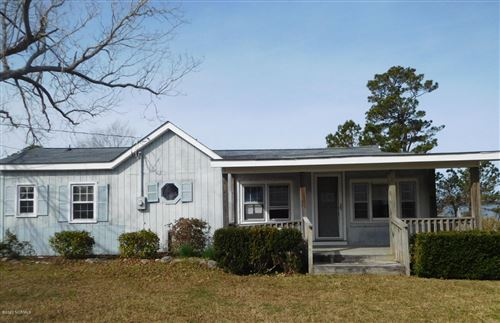 Photo of 129 Shell Island Road, Sneads Ferry, NC 28460 (MLS # 100201316)