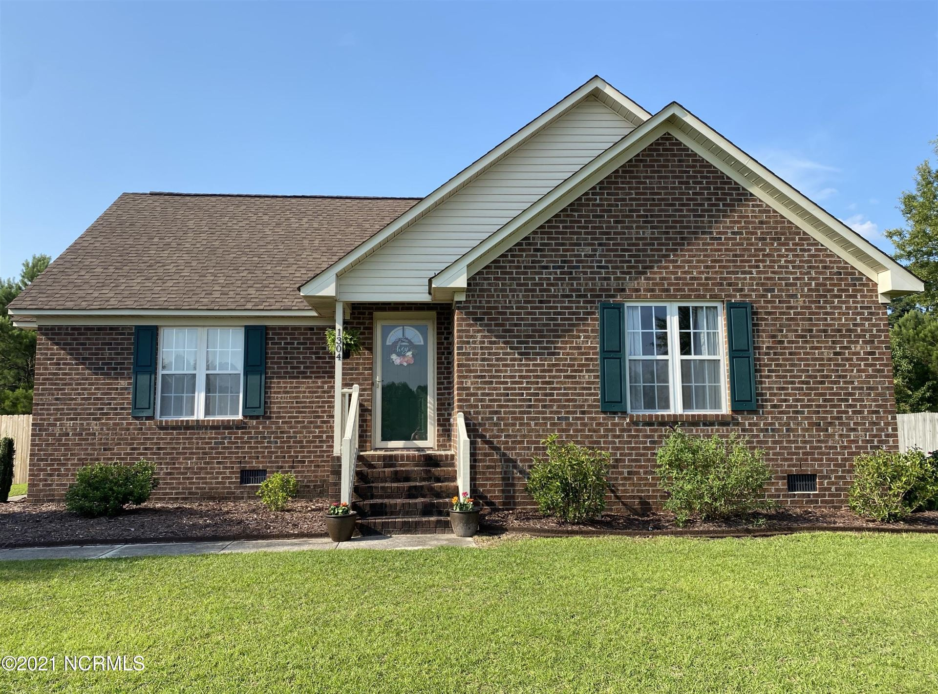 Photo of 1304 Old Village Road, Greenville, NC 27834 (MLS # 100281319)