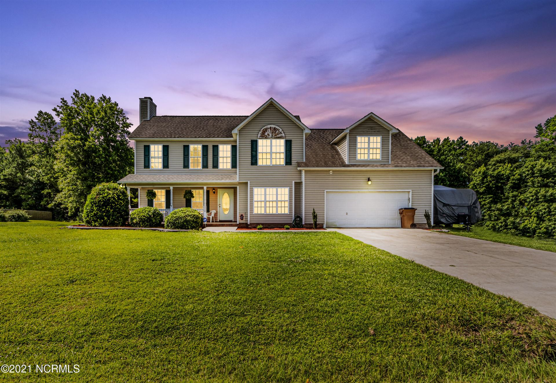 Photo for 110 Mendover Drive, Jacksonville, NC 28546 (MLS # 100280323)