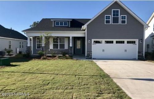 Photo of 417 Pebble Shore Drive, Sneads Ferry, NC 28460 (MLS # 100203327)