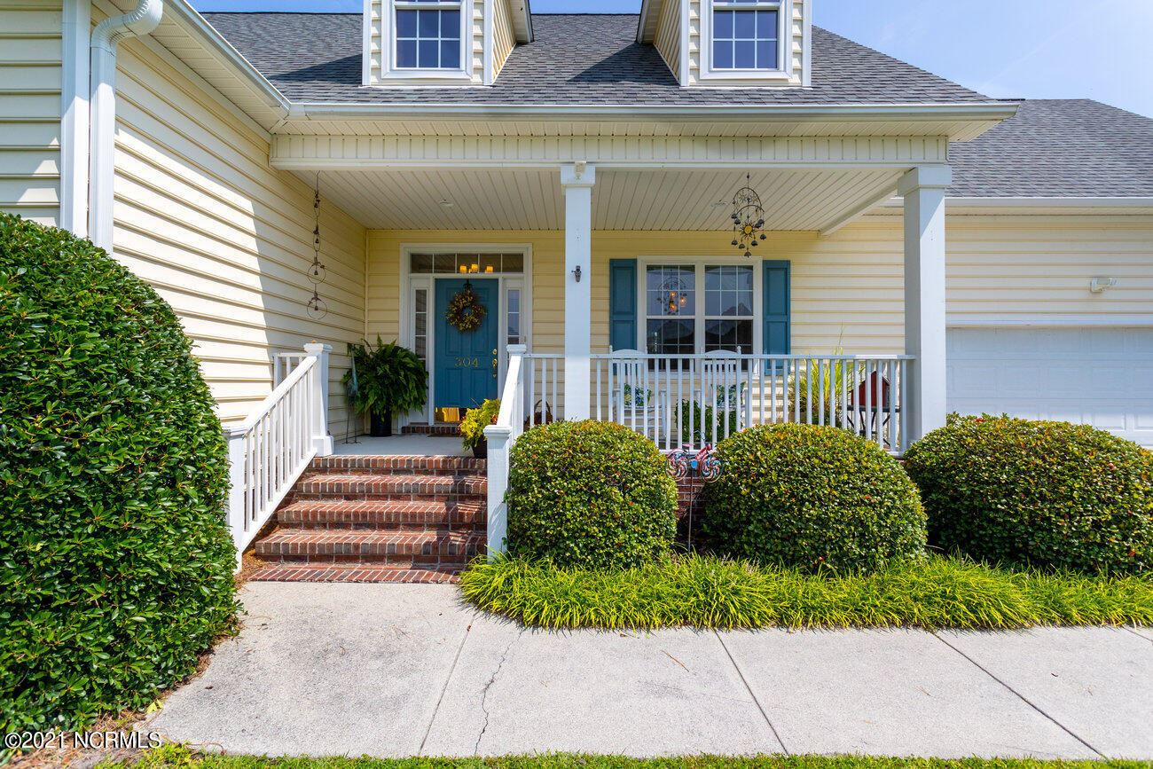 Photo for 304 Club Court, Wilmington, NC 28412 (MLS # 100284328)