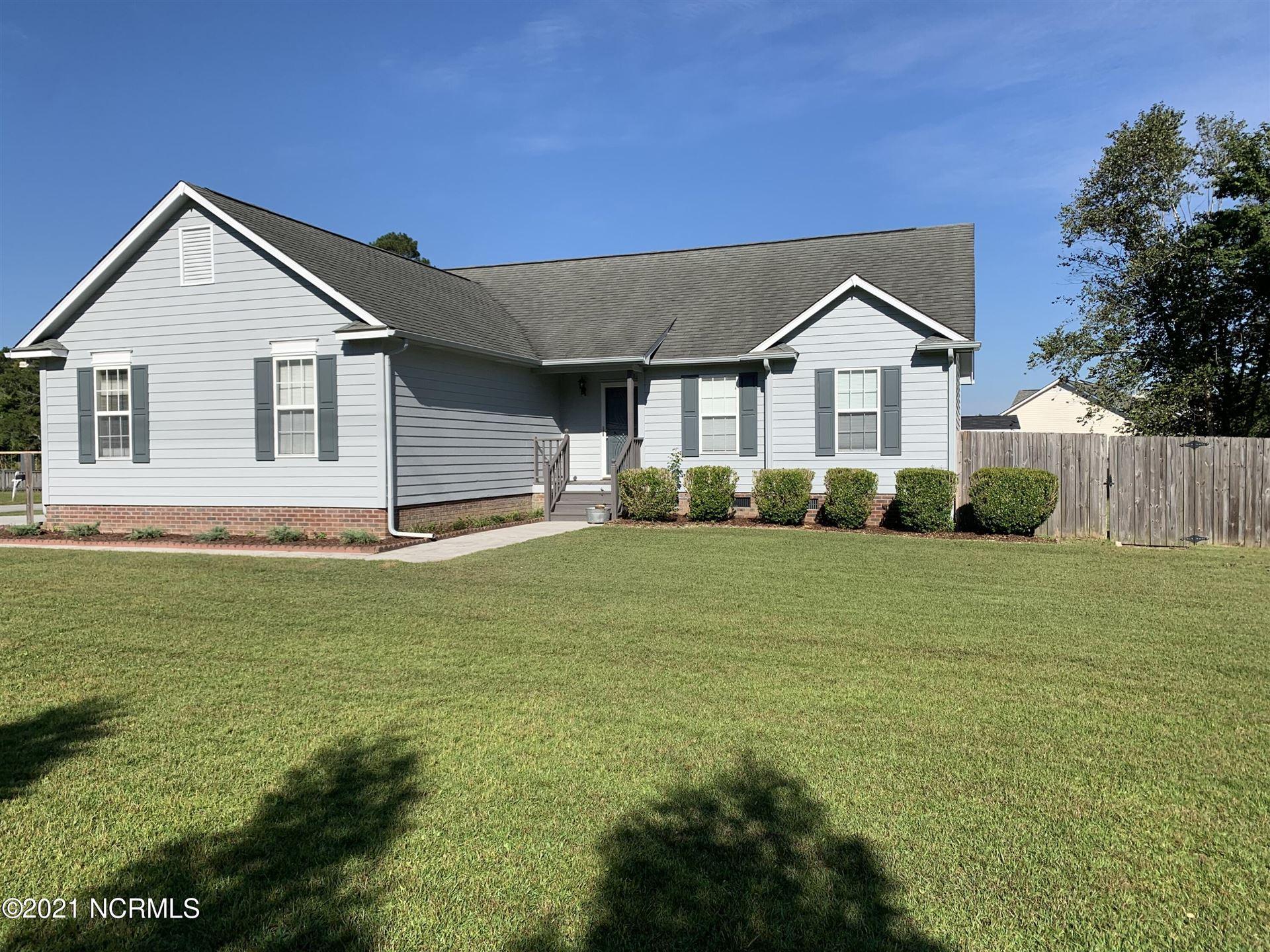 Photo of 98 Kanton Drive, Jacksonville, NC 28540 (MLS # 100295331)