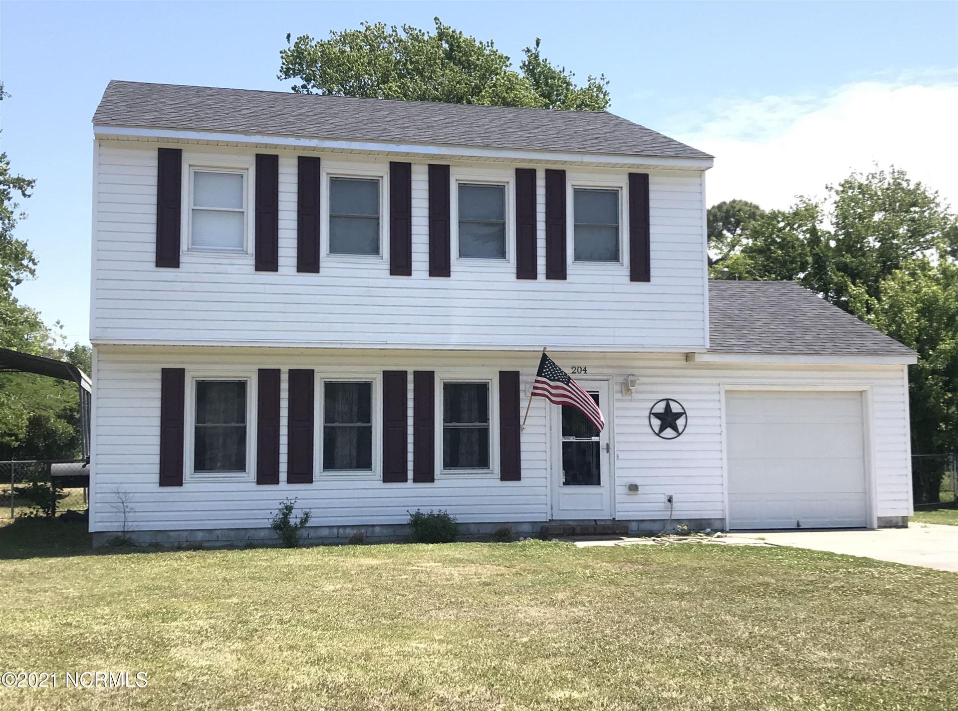 Photo of 204 Murdoch Road, Newport, NC 28570 (MLS # 100274332)
