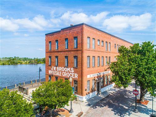 Photo of 18 S Water Street #6, Wilmington, NC 28401 (MLS # 100176334)