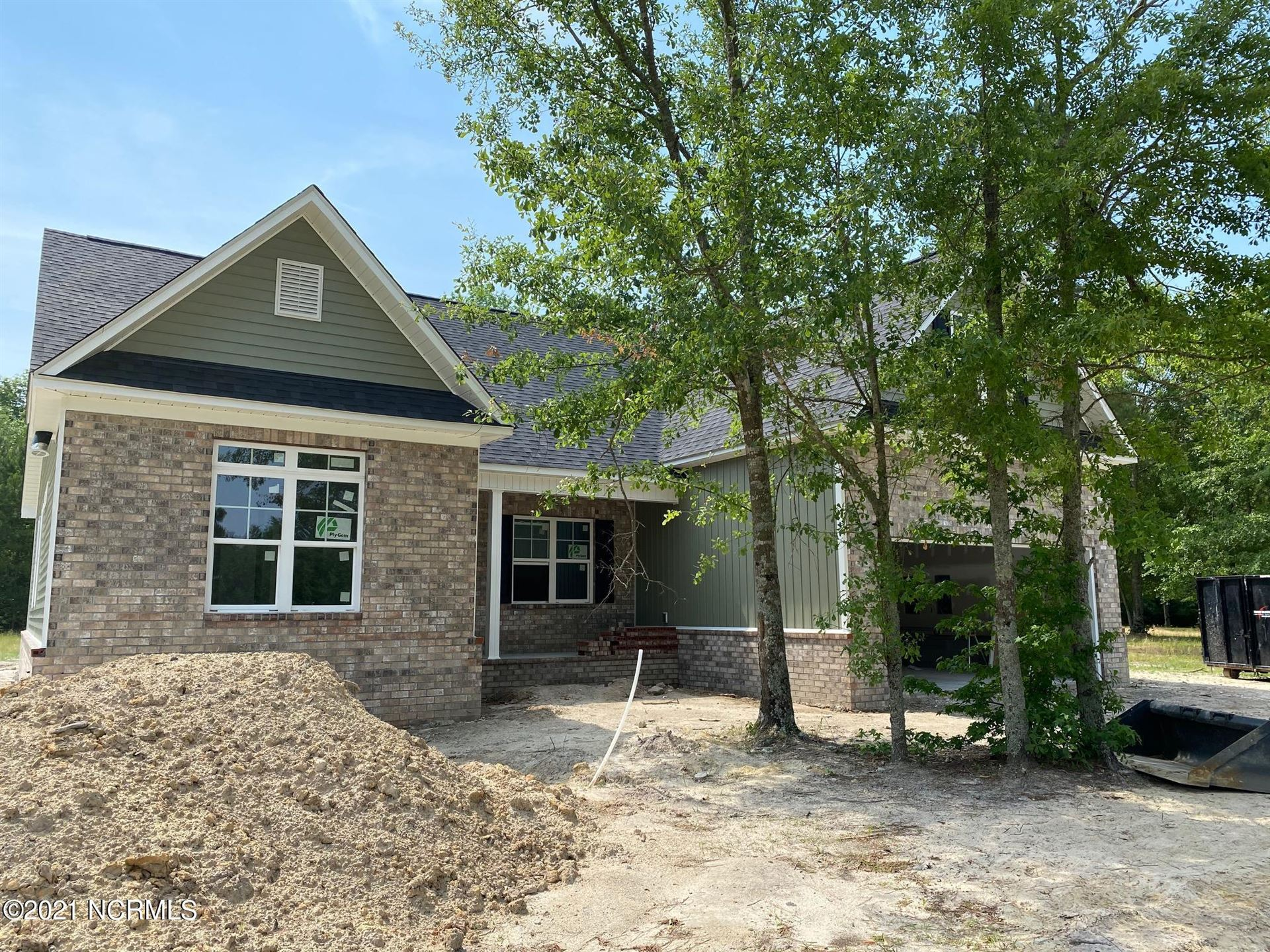Photo for 79 S Beatrice Drive, Rocky Point, NC 28457 (MLS # 100244339)