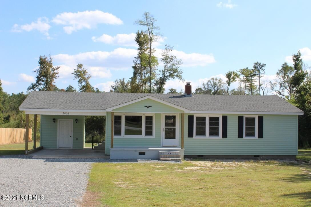 Photo of 3035 Catherine Lake Road, Richlands, NC 28574 (MLS # 100293342)