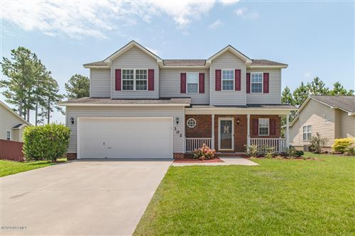 Photo of 302 Cypress Bay Drive, Jacksonville, NC 28546 (MLS # 100225344)