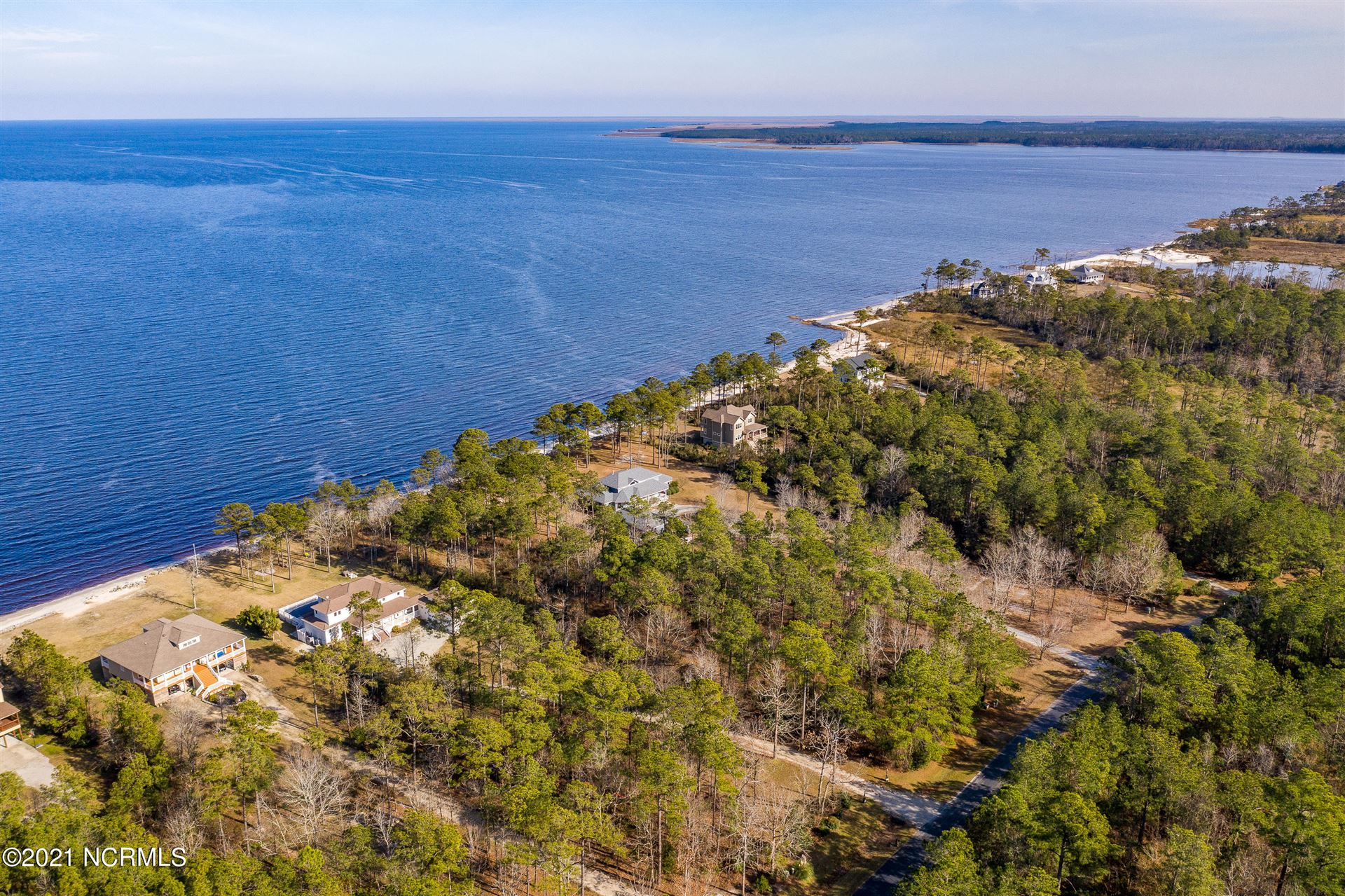Photo of 508 Sandy Point Drive, Beaufort, NC 28516 (MLS # 100286346)