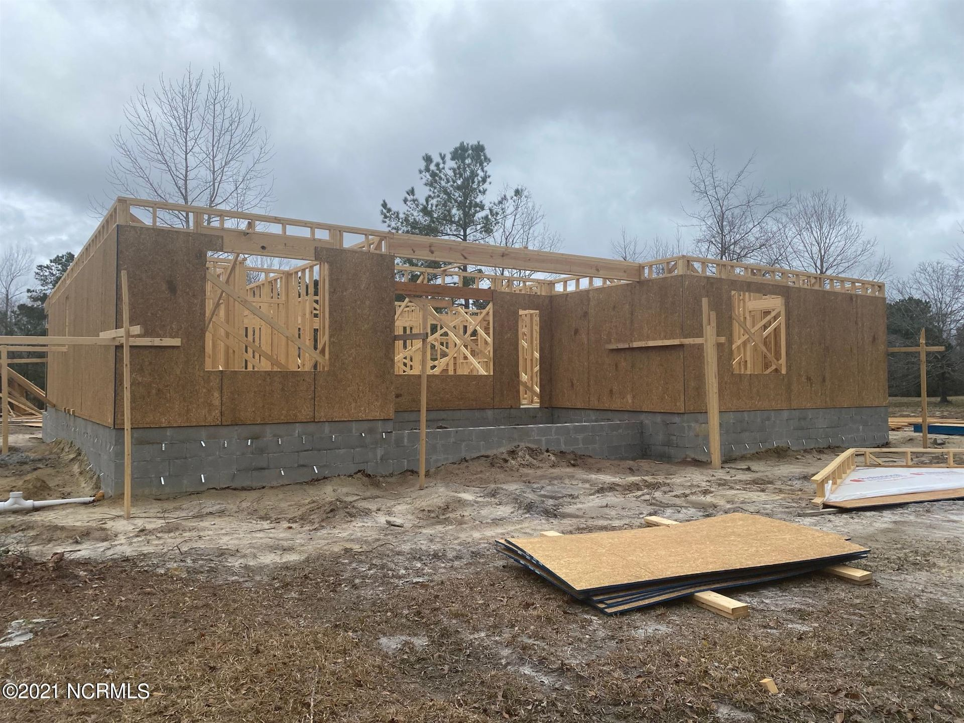 Photo for 66 N Beatrice Drive, Rocky Point, NC 28457 (MLS # 100244348)