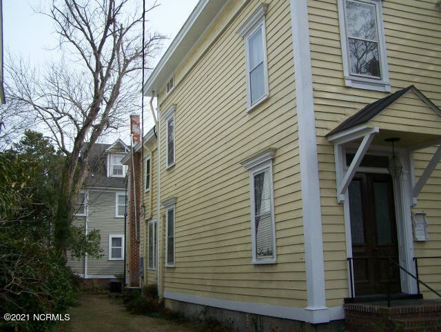 Photo of 702 Craven Street, New Bern, NC 28560 (MLS # 100294349)
