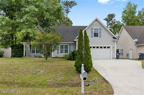 Photo of 437 N Belvedere Drive, Hampstead, NC 28443 (MLS # 100270351)