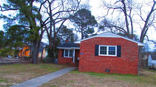 Photo of 209 S Center Street, Mount Olive, NC 28365 (MLS # 100284351)