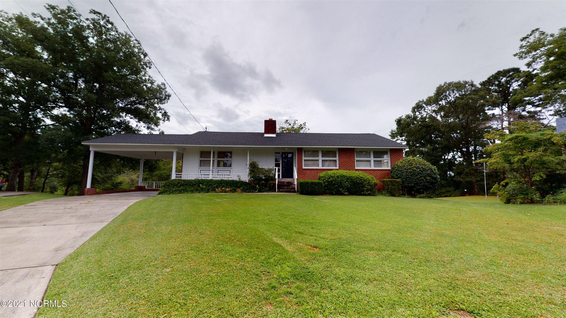Photo of 301 Woodview Court, Jacksonville, NC 28540 (MLS # 100287351)