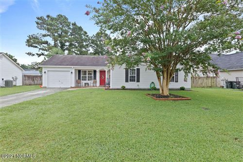 Photo of 156 Horse Shoe Bend, Jacksonville, NC 28546 (MLS # 100282353)