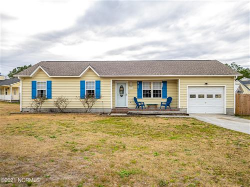 Photo of 101 Wheaton Drive, Richlands, NC 28574 (MLS # 100257354)