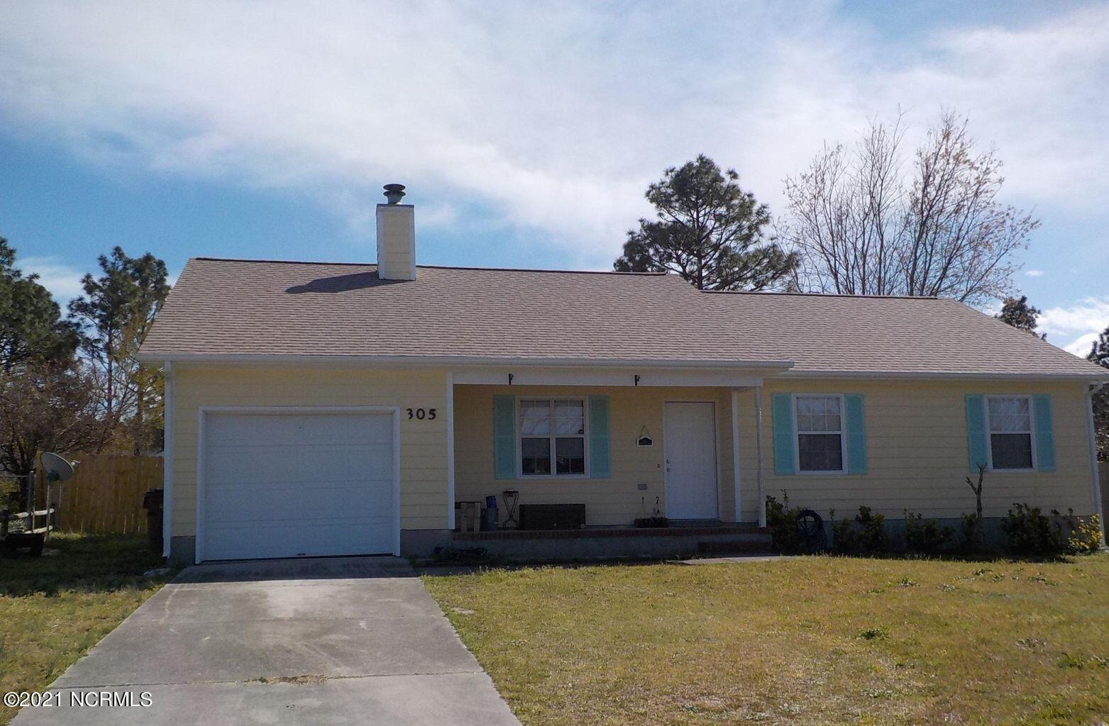 Photo of 305 Timber Ridge Drive, Hubert, NC 28539 (MLS # 100268357)