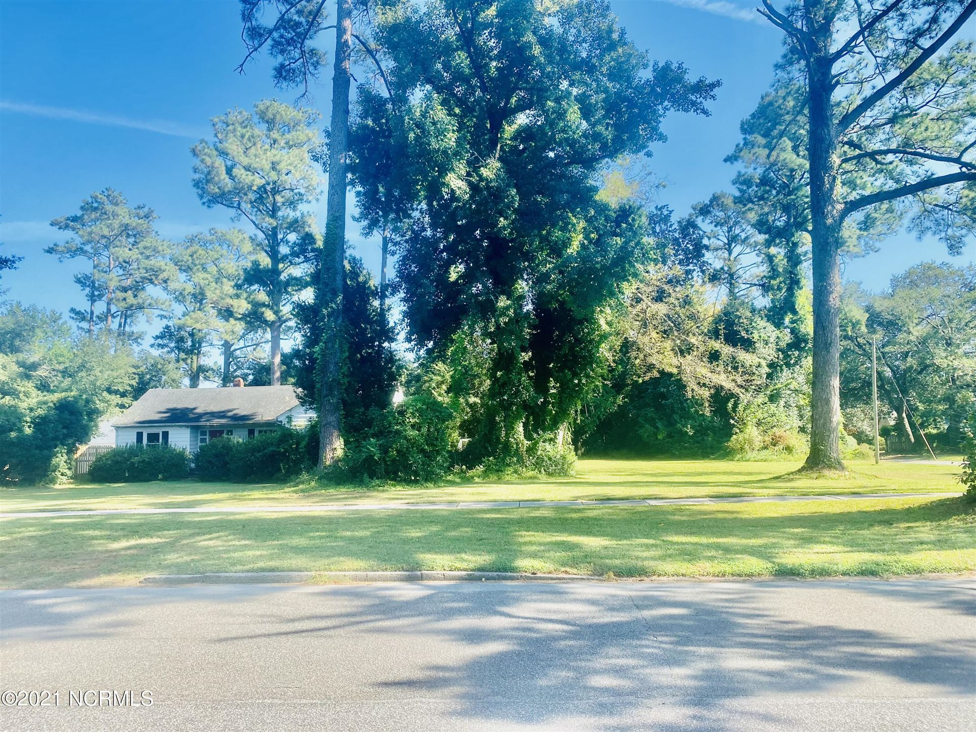 Photo of 1117 Country Club Road, Wilmington, NC 28403 (MLS # 100295358)