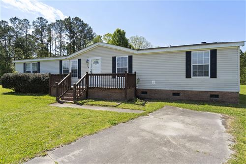 Photo of 144 Corena Avenue, Maysville, NC 28555 (MLS # 100268359)