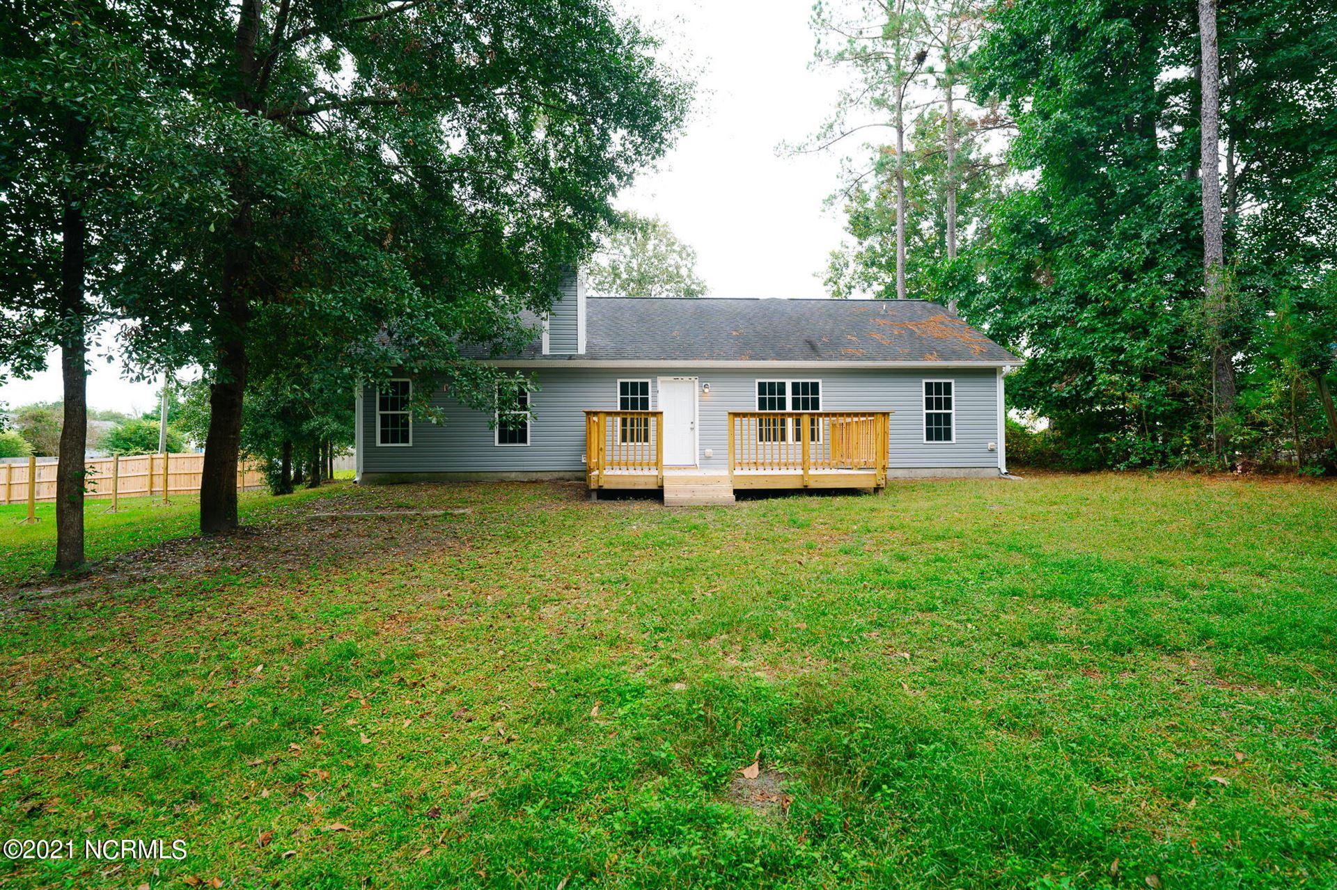 Photo of 149 Huckleberry Lane, Hubert, NC 28539 (MLS # 100295359)
