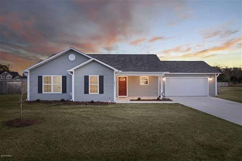 Photo of 404 Midnight Drive, Richlands, NC 28574 (MLS # 100195360)