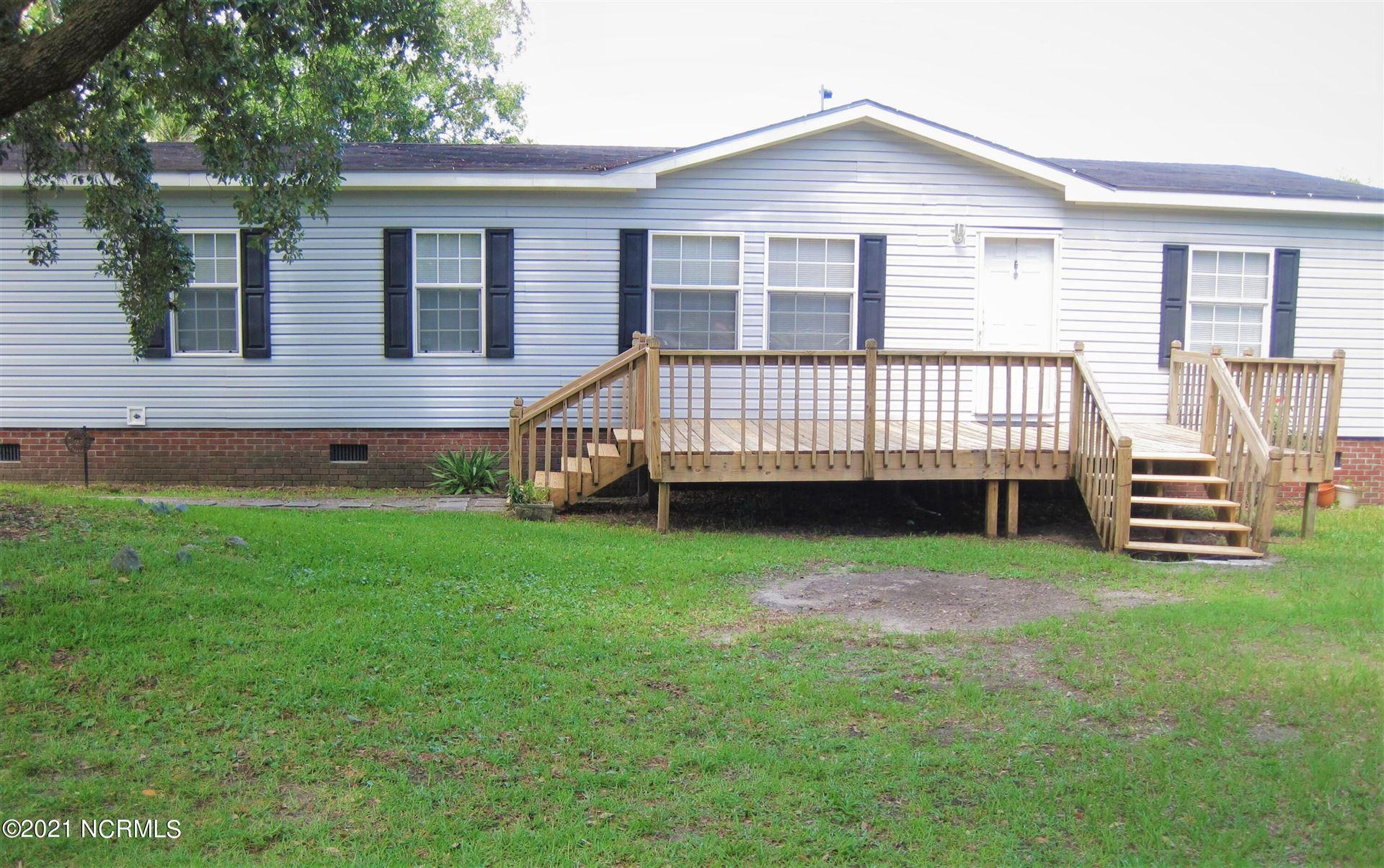 Photo for 120 Sweetwater Drive, Wilmington, NC 28411 (MLS # 100281360)