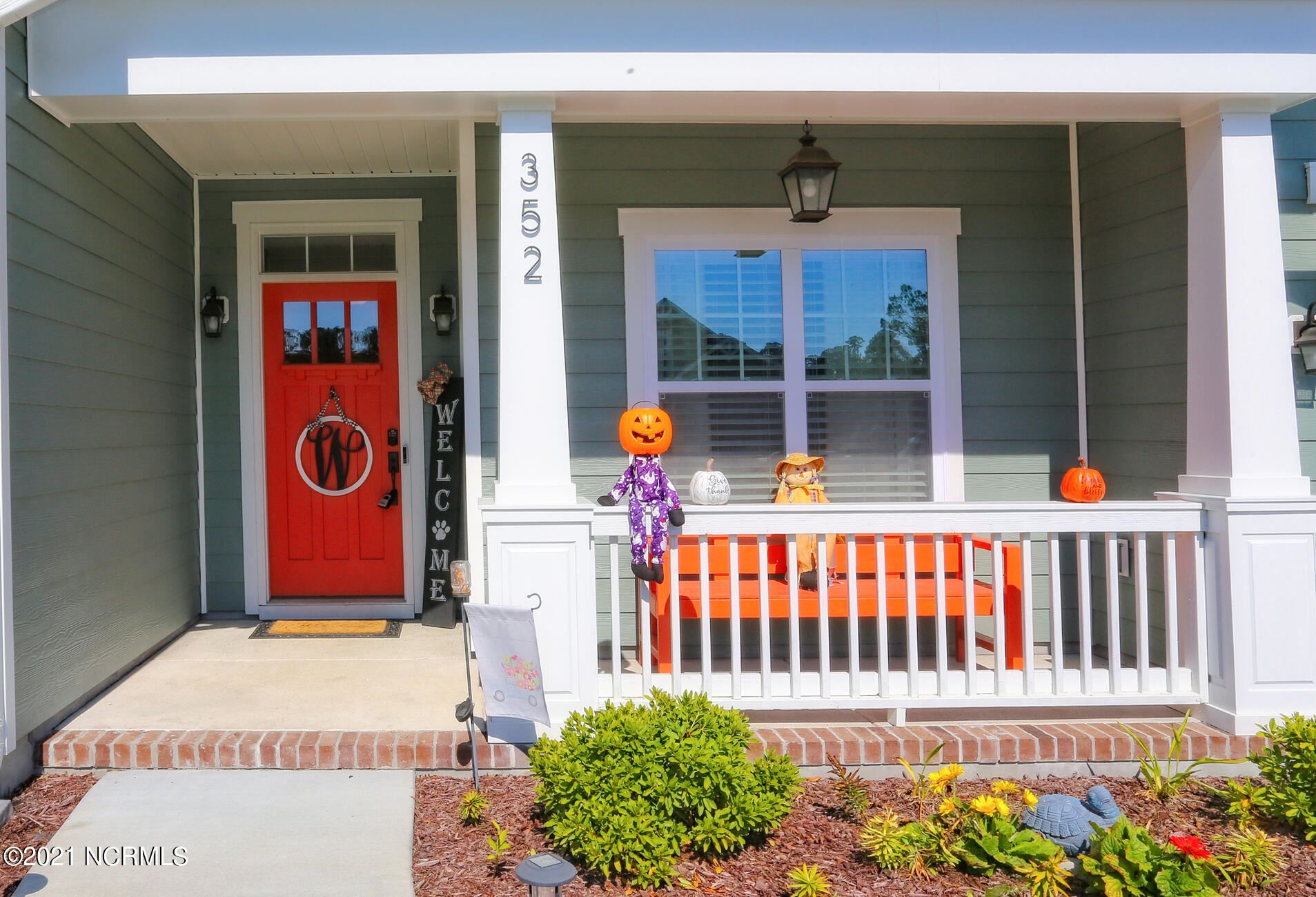 Photo of 352 Canter Crest Road, Hampstead, NC 28443 (MLS # 100296360)