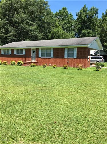 Photo of 117 Wesley Chapel Road, Kenansville, NC 28349 (MLS # 100225362)