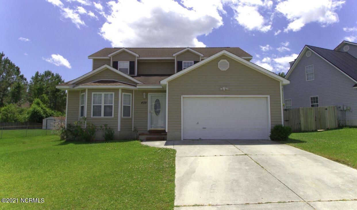 Photo of 409 Eucalyptus Lane, Jacksonville, NC 28546 (MLS # 100291364)