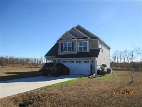 Photo of 108 Thoroughbred, Richlands, NC 28574 (MLS # 100143367)