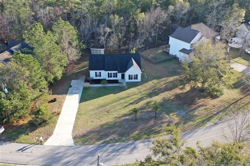 Photo of 1603 Chadwick Shores Drive, Sneads Ferry, NC 28460 (MLS # 100205368)