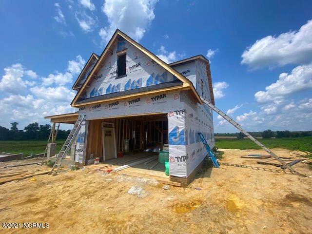 Photo of 110 Aspen Ridge Drive, Pikeville, NC 27863 (MLS # 100285368)