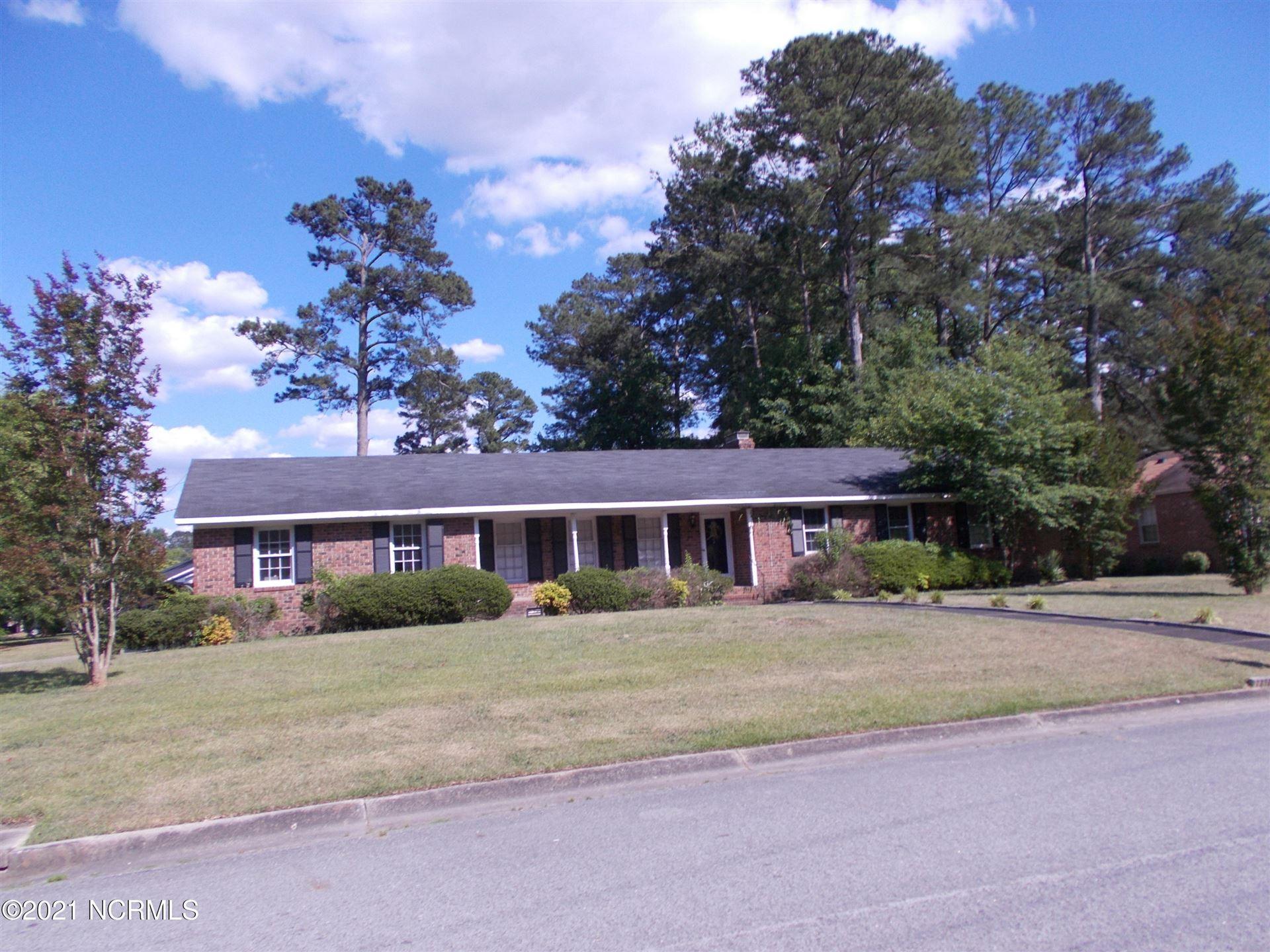 Photo of 2211 Tanglewood Drive, Kinston, NC 28504 (MLS # 100272369)