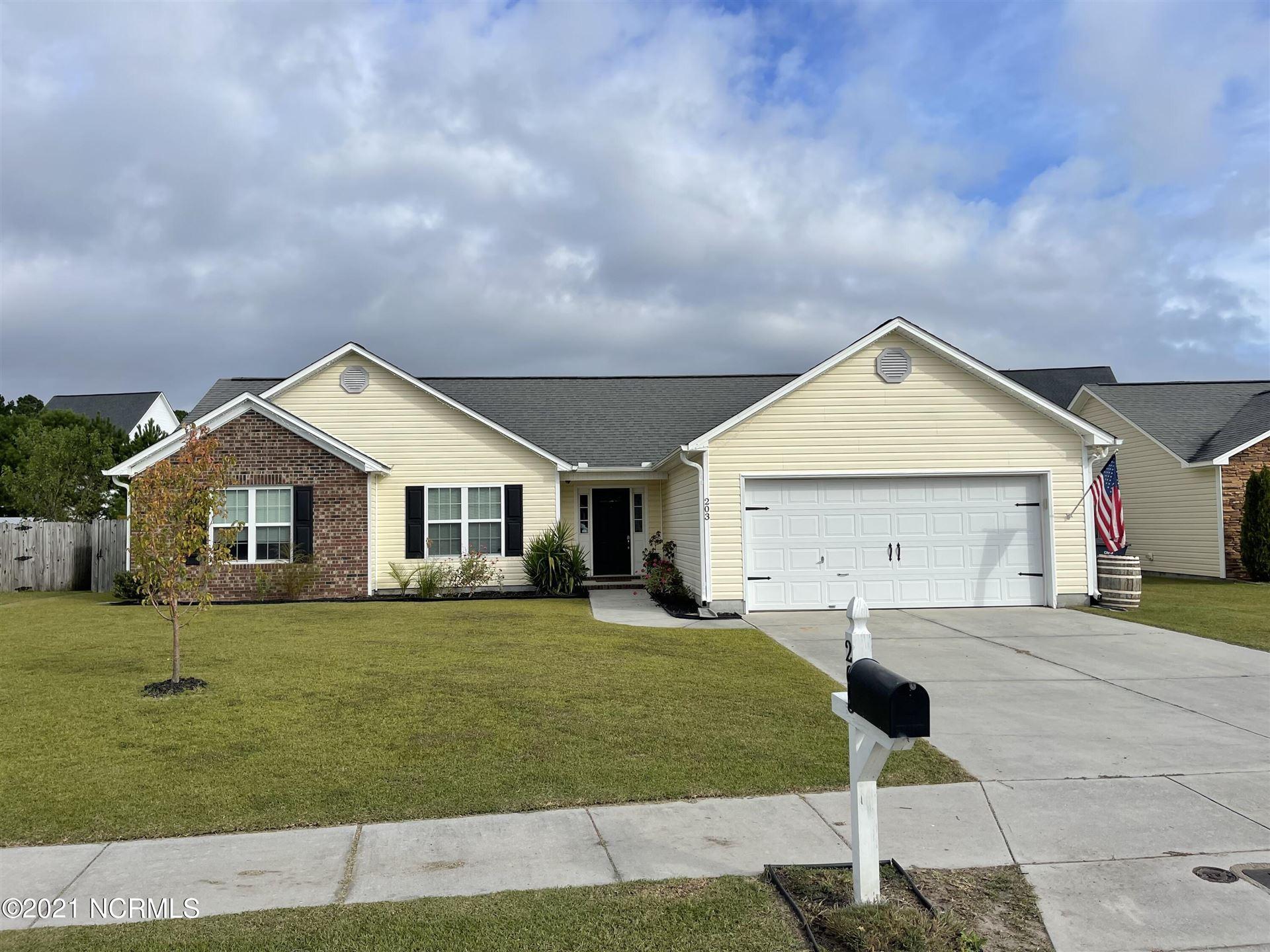 Photo of 203 Wynbrookee Lane, Jacksonville, NC 28546 (MLS # 100293369)