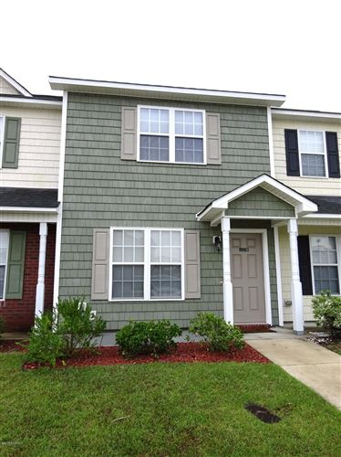 Photo of 404 Streamwood Drive, Jacksonville, NC 28546 (MLS # 100275370)