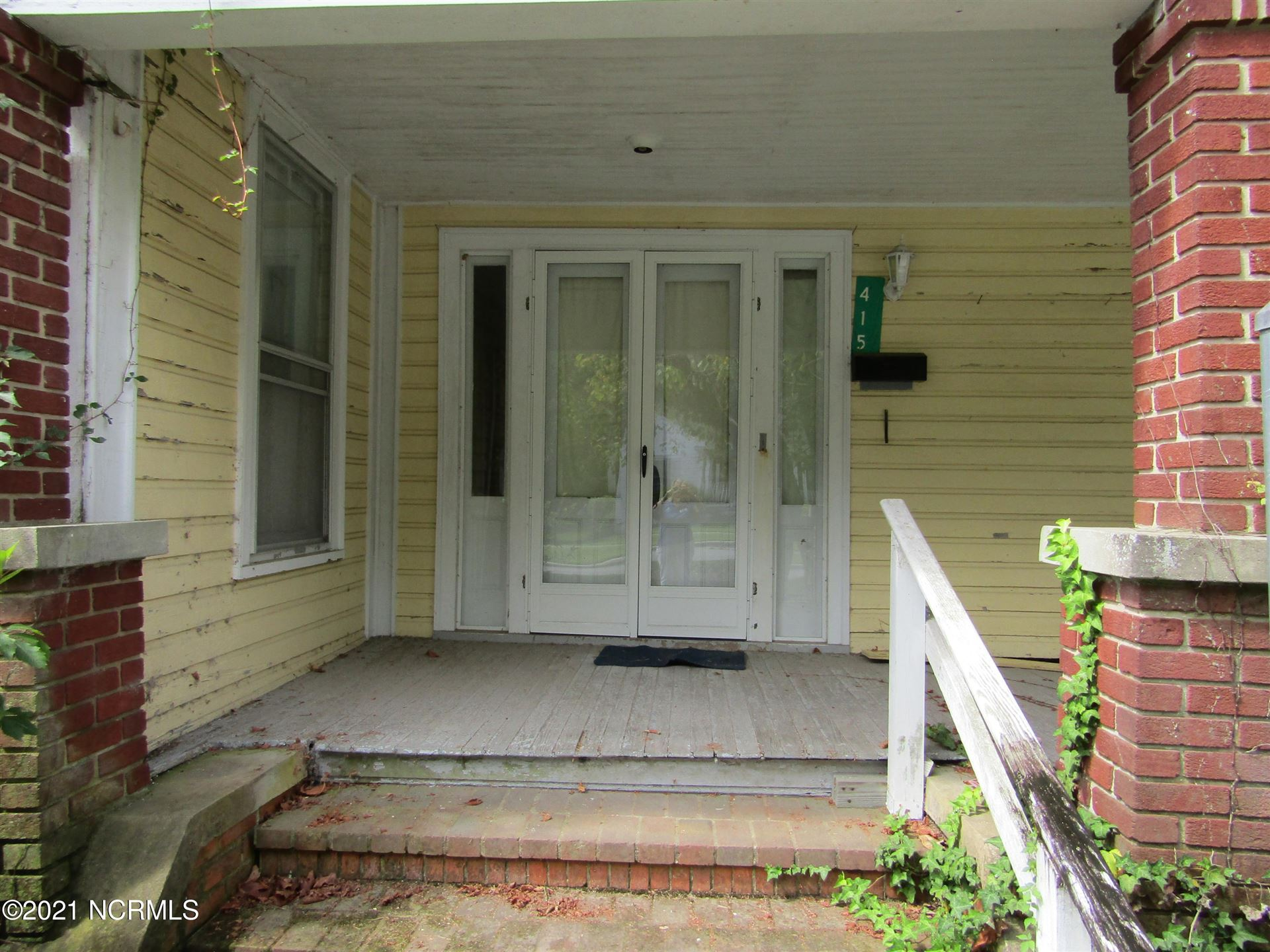 Photo of 415 Washington Street, Plymouth, NC 27962 (MLS # 100287370)