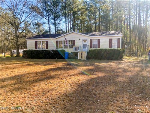 Photo of 109 Grassy Meadow Drive, Richlands, NC 28574 (MLS # 100258371)