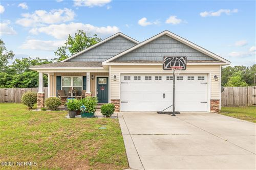Photo of 206 Long Neck Drive, Richlands, NC 28574 (MLS # 100275371)